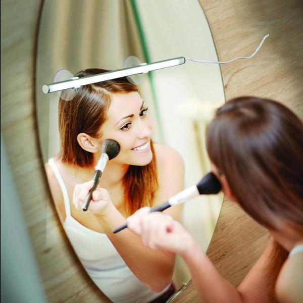 Лампа светильник для зеркала beauty bright на присосках