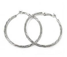 Булатные серьги-кольца рифлёные. Цвет: серебряный.  Диаметр: 4 см. Ширина: 3 мм.