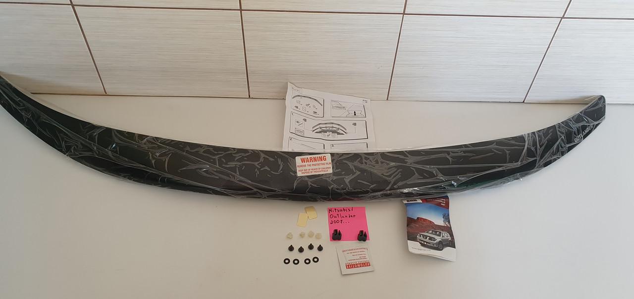 Дефлектор капота EGR Mitsubishi Outlander