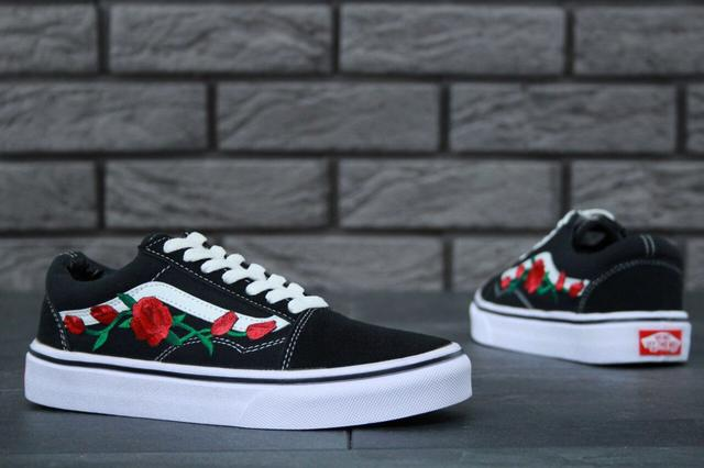 Vans Old Skool Art Black White Rose фото