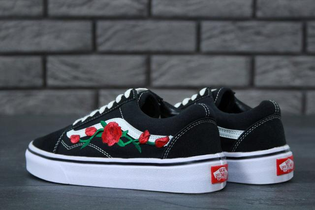 Мужские и женские Vans Old Skool Art Black White Rose фото