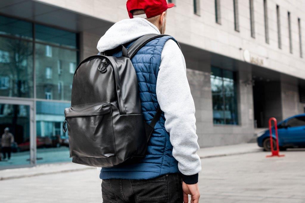 Рюкзак мужской городской кожаный черный, мужской рюкзак спортивный для ноутбука, кожаный рюкзак черный TRІGER