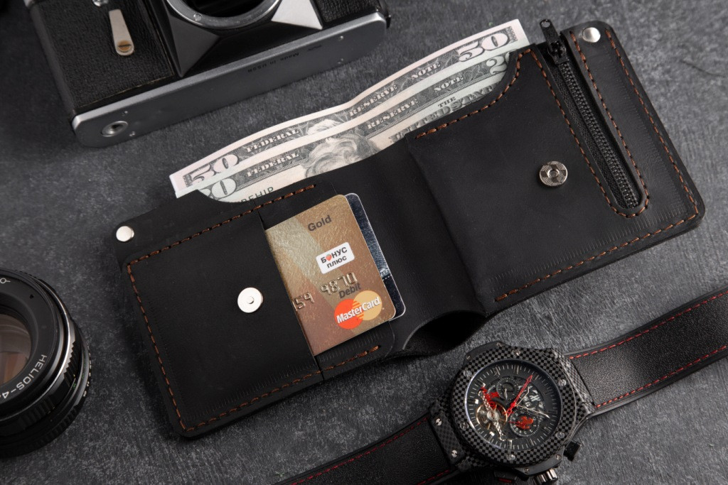 Кошелек мужской кожаный Hudson BLK с монетницей