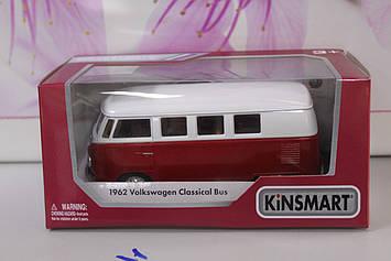 Машинка Kinsmart 1962 Volkswagen Classical Bus красный
