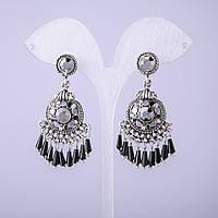 Серьги в восточном стиле с серыми кристаллами L-20мм купить оптом в интернет магазине