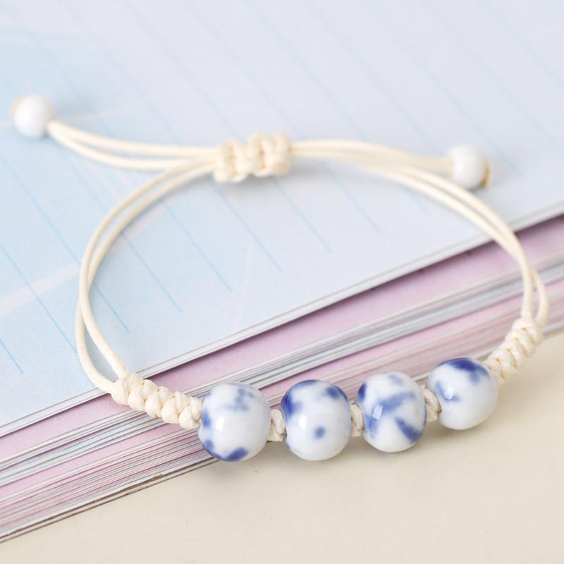 """Нарядный женский браслет,  керамический, летний """"Sea stone"""" (бело-синий)"""