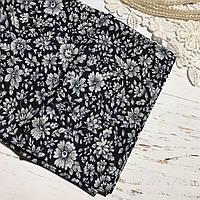 Ткань хлопок  60х50 см Белые цветы на чёрном