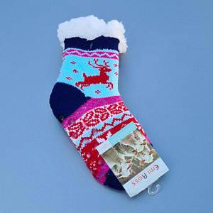 Дитячі шкарпетки і чуні