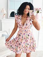 Платья на запах цветочный принт. Красивое короткое платье розовое с запахом. Стильные и модные Платья с запахом.