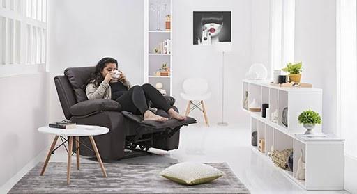 Крісла-реклайнери для віталень