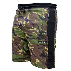 Мужские болоневые спортивные шорты средней длины зеленый камуфляж (Реплика)