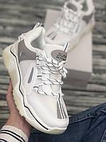 Женские стильные кроссовки на высокой подошве