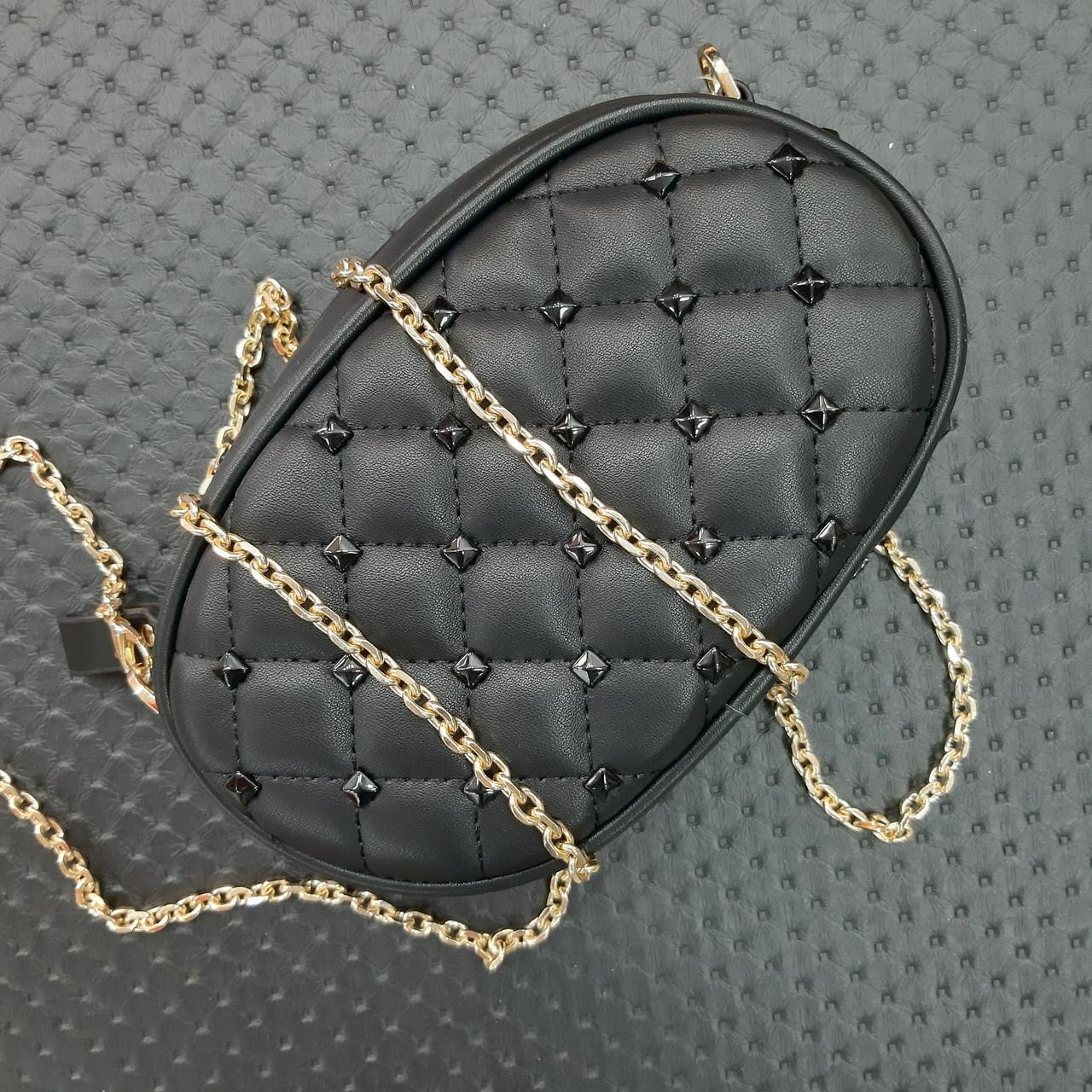 Бананка сумочка на пояс жіноча чорна