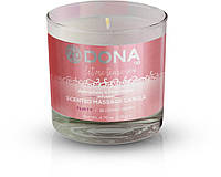Массажная свеча DONA Scented Massage Candle Blushing Berry FLIRTY (135 гр). Массажные масла и кремы