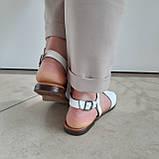 Босоніжки жіночі шкіряні білі, фото 7
