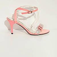 Босоножки женские текстильные на среднем конусовидном каблуке розовые, фото 1