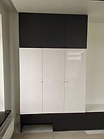 Шкаф бело черный с полкой под тв, фото 1