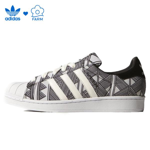 Женские кроссовки Adidas Superstar Print черно-белые