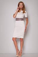 Женское облегающее платье бежевого цвета со вставками из экокожи. Модель м204 Figl.