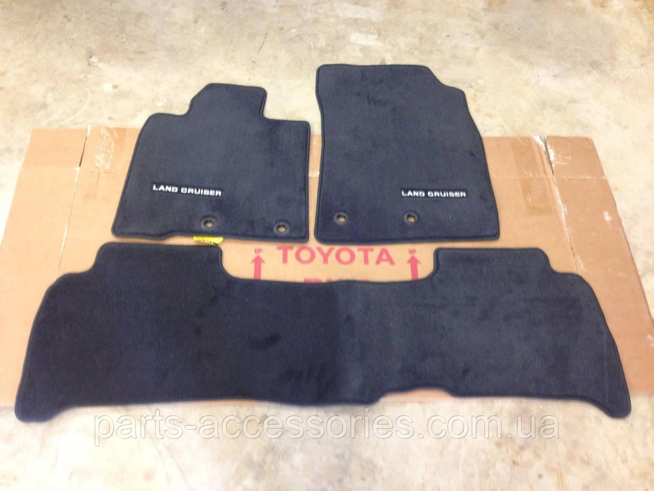 Комплект велюровый ковриков для Toyota Land Cruiser 200 2013-16 новые оригинал черные