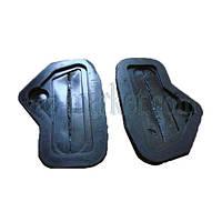 Заглушки проемов рулевых тяг ВАЗ 2108