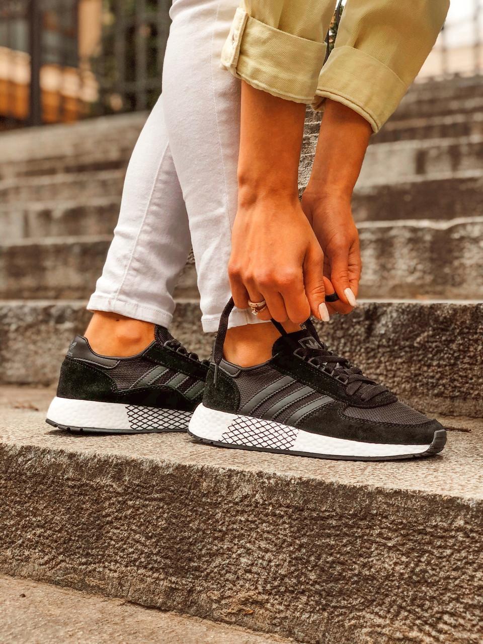 Жіночі кросівки Adidas Marathon Tech, Репліка