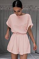 Женский стильный костюм с шортами и блузкой