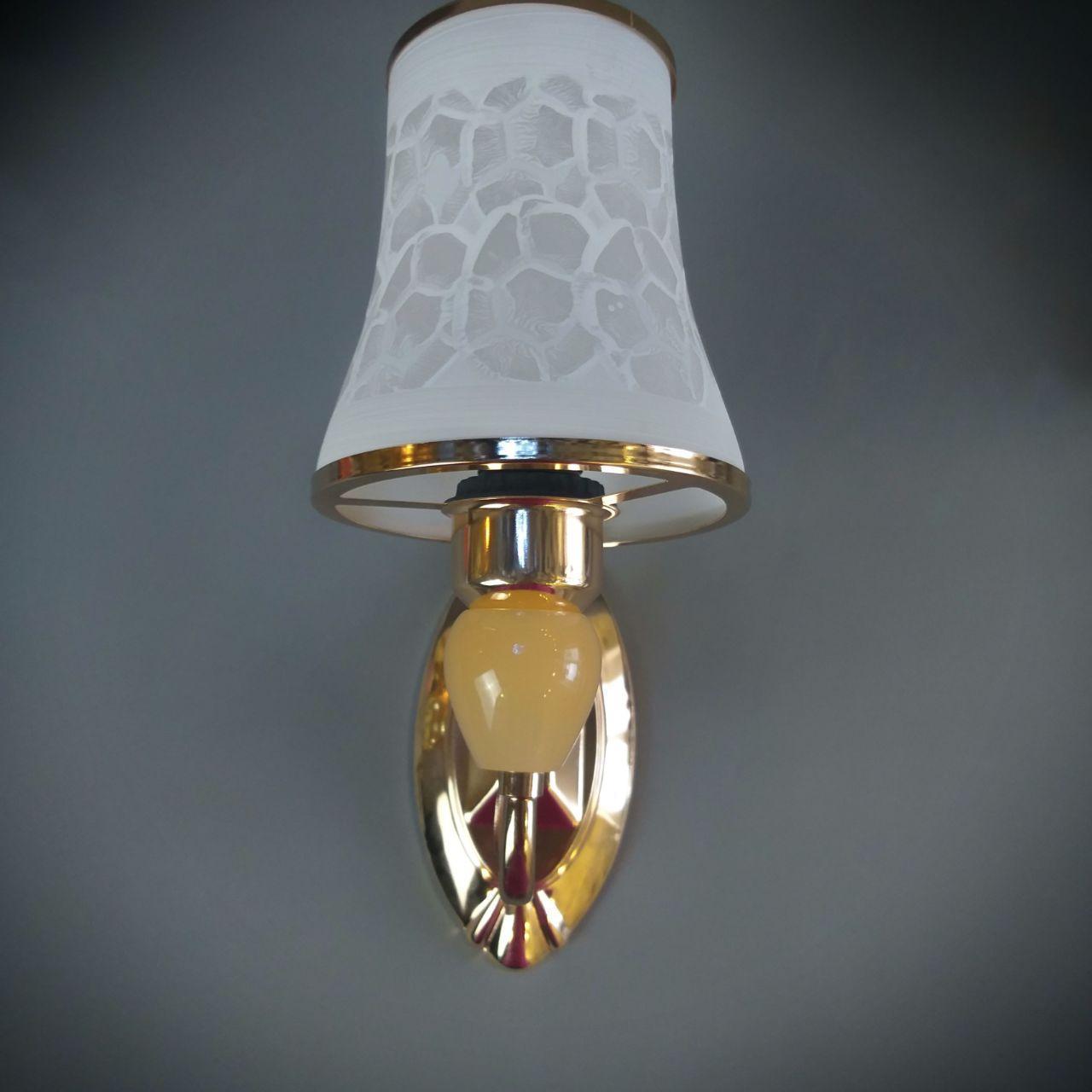 Бра  на одну лампу HQ-2050/1W