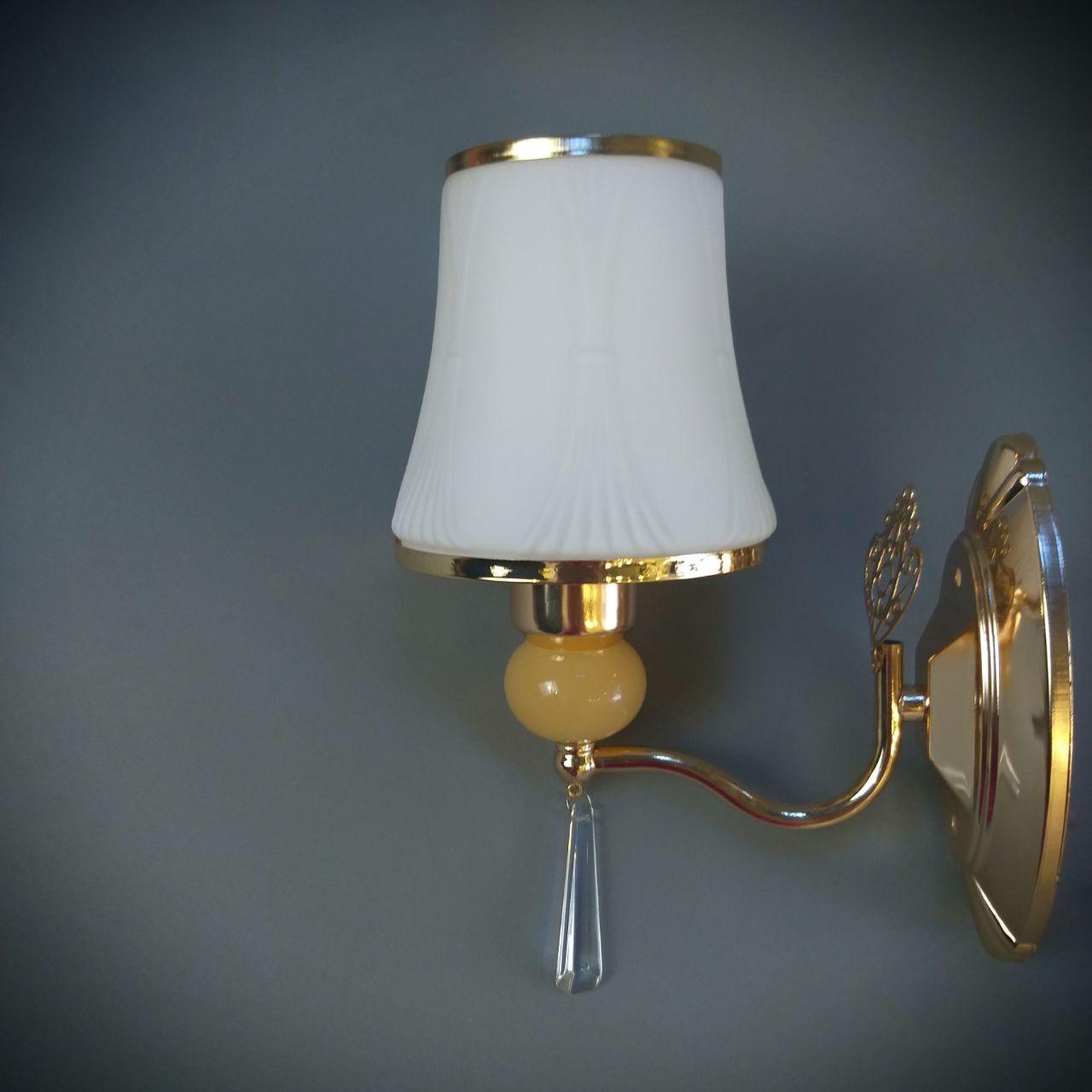 Бра  на одну лампу HQ-2047/1W