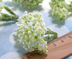 Декоративная веточка 4см с ягодками Ø3мм Цвет - Зелёный светлый