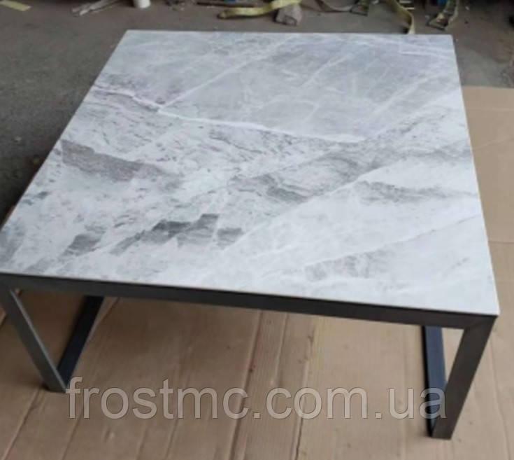 Стол журнальный Brighton 4761С 89х89 керамика светло-серый глянец