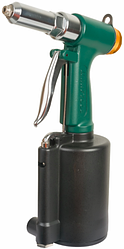 Пневматический заклепочник KRAFTOOL INDUSTRIE-PNEVMO 31185_z01 Тип привода Ручной