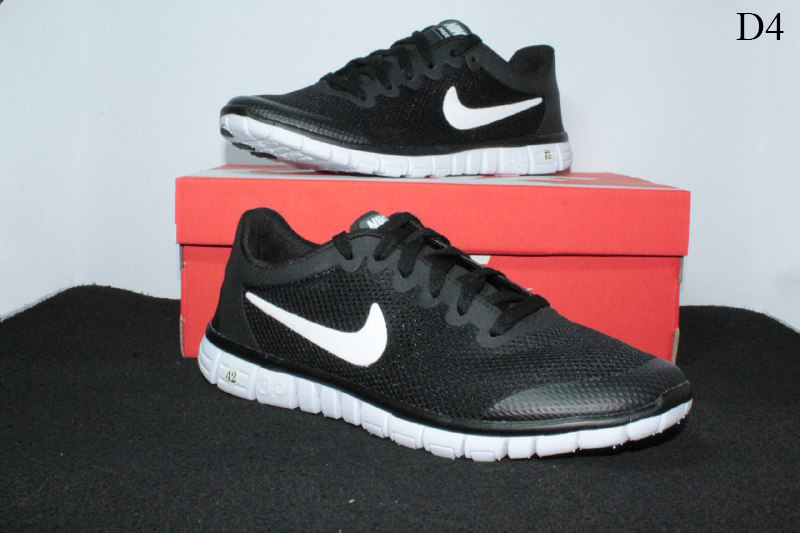 Мужские кроссовки Nike Free Run 3.0 (черно-белые) D4