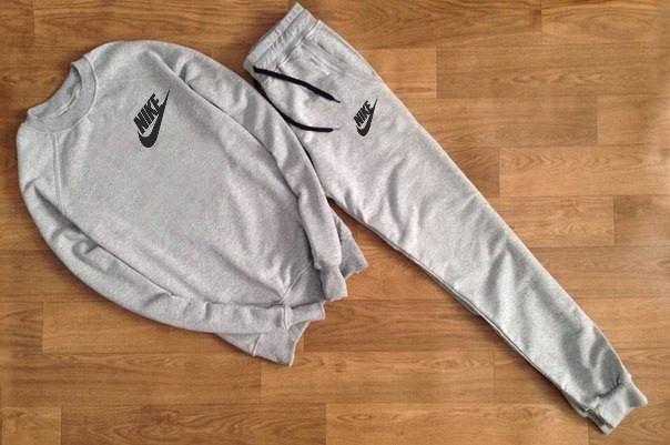 Чоловічий Спортивний костюм сірий Nike ( з маленьким принтом)