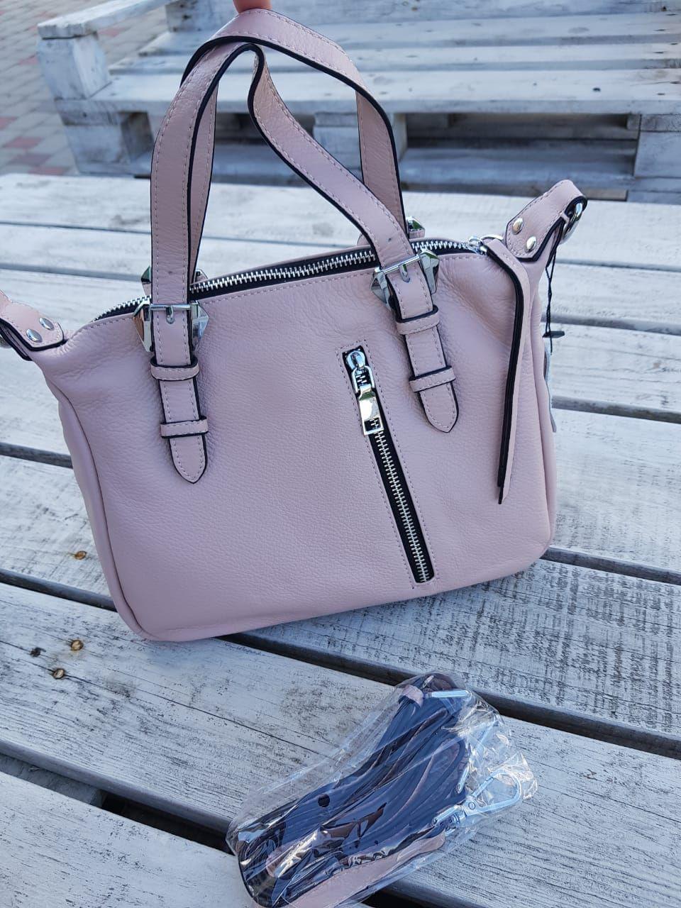 Кожаная женская сумка размером 27х21х12 см Розовая
