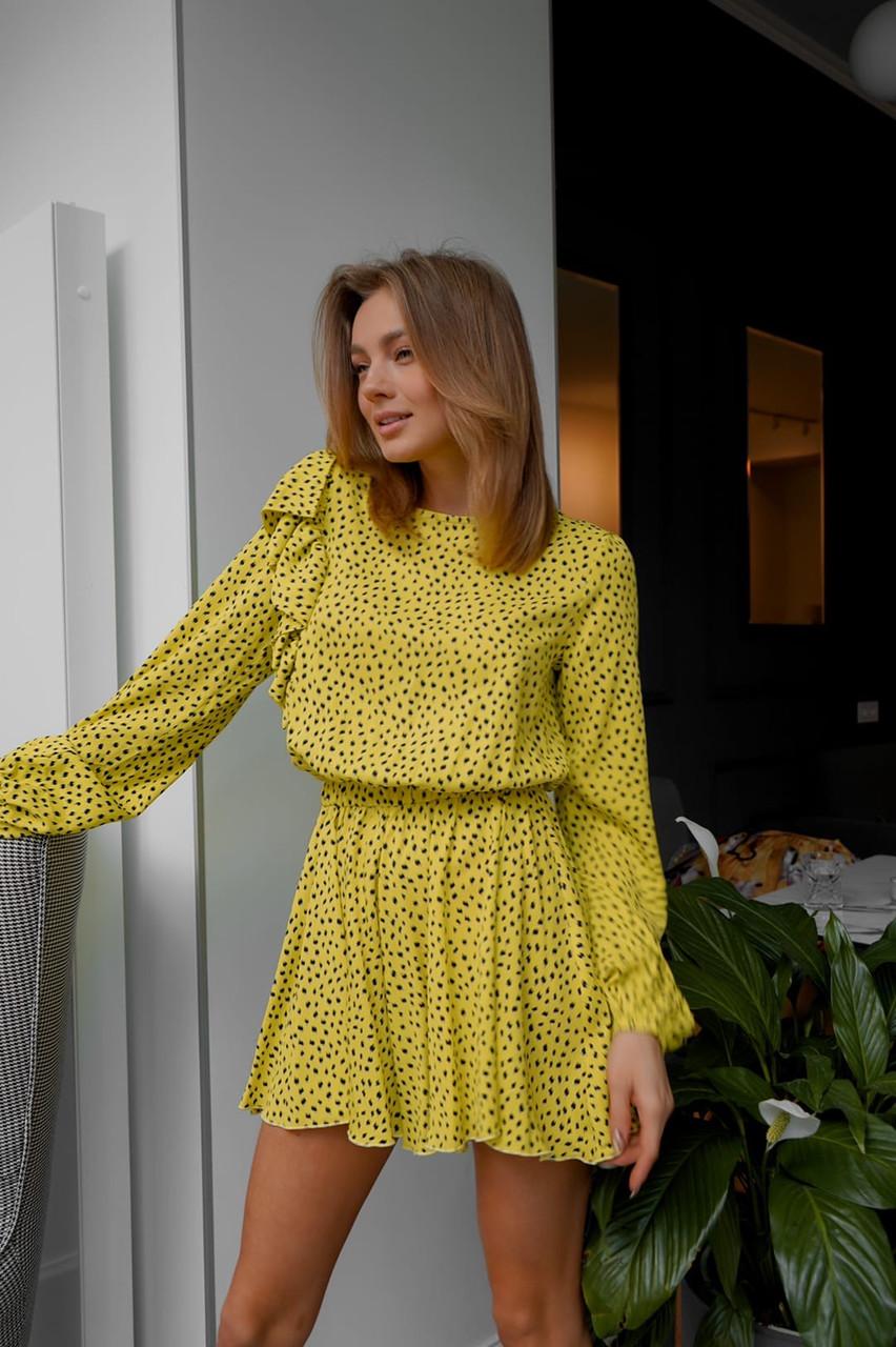 Летнее желтое платье в горошек с расклешенной юбкой и длинным рукавом vN7972