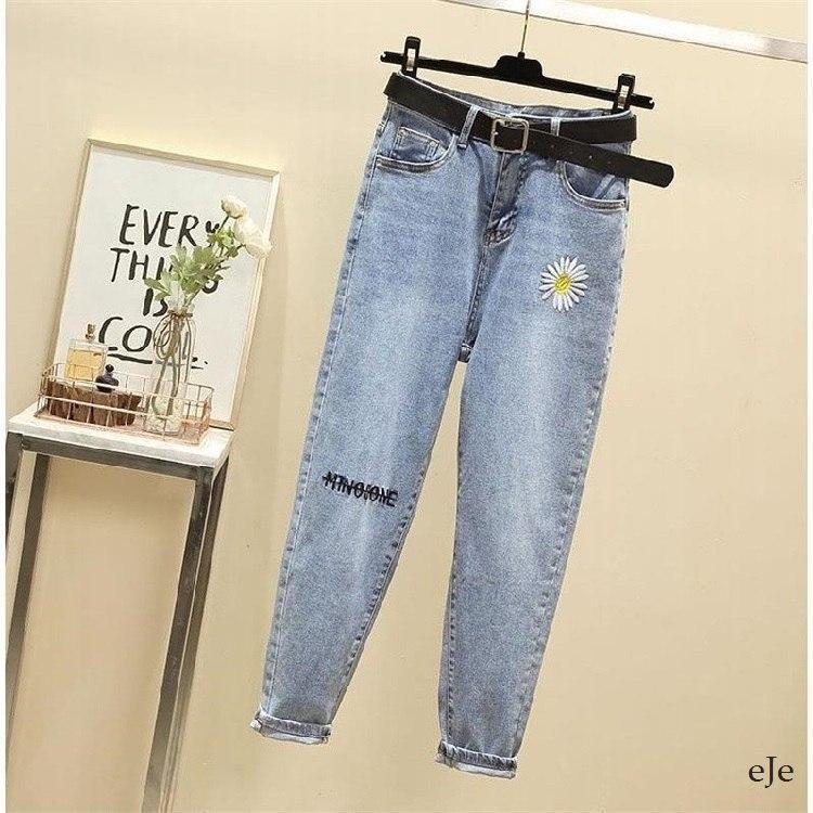 Женские голубые джинсы МОМ с вышивкой и завышенной талией vN8042