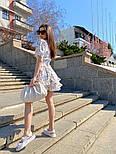 Летнее принтованное платье с вырезом декольте и пышной юбкой с оборками vN8107, фото 3