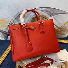 Сумка женская Прада Gallerie 30, 33 см, натуральная кожа, цвет красный