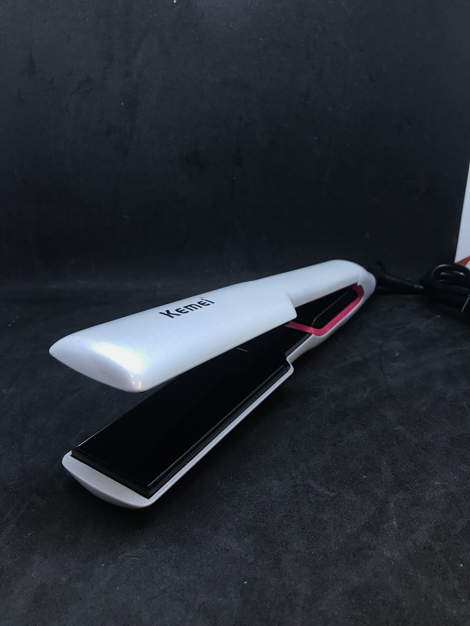 Выпрямитель для волос Kemei KM-956