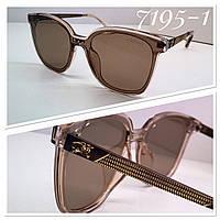 Женские солнцезащитные очки классика