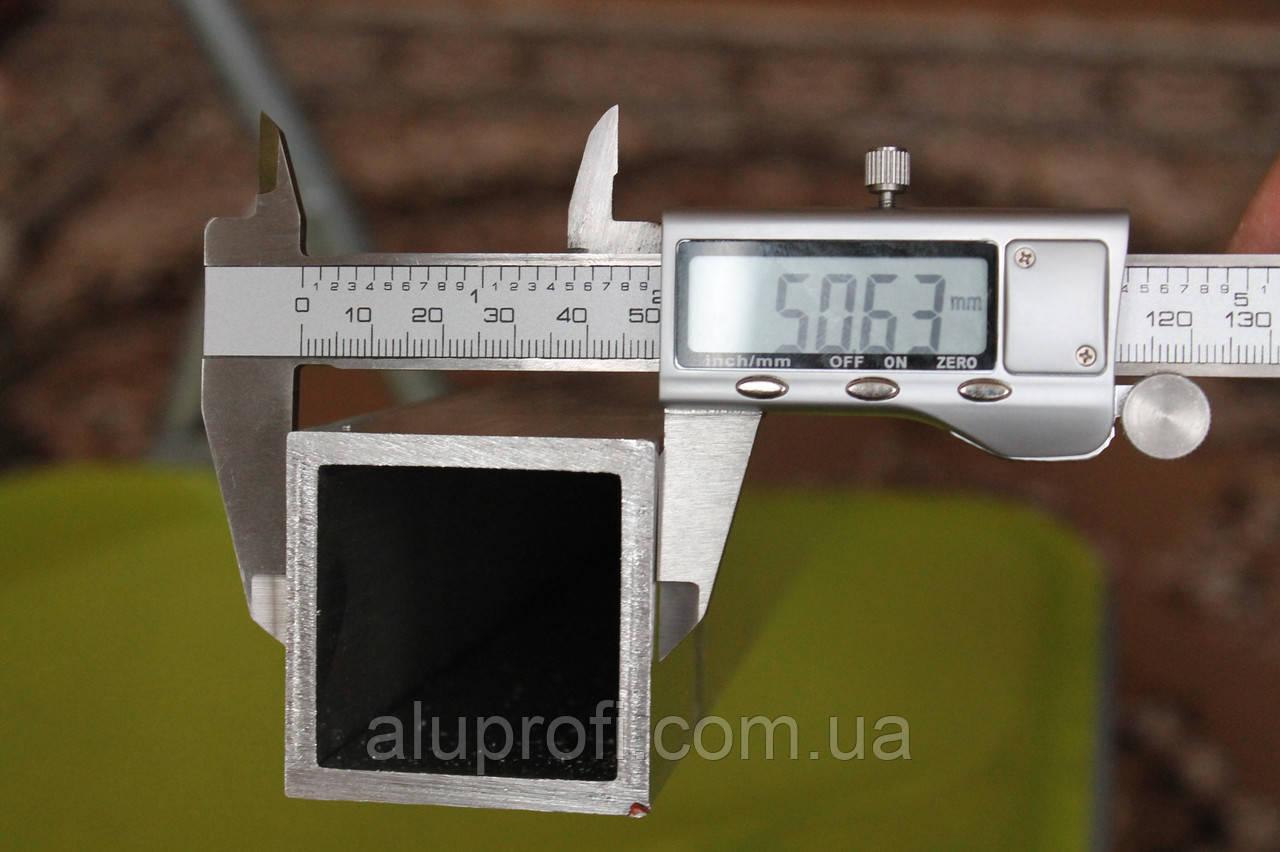 Труба алюминиевая 50х50х2,5мм АД31Т (6060)