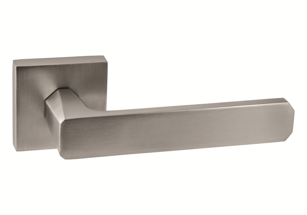 Итальянская дверная ручка ORO&ORO 108-15E MSN