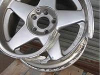 Легкосплавные диски на металл (прием разбитых дисков) от 50кг тел. 097-900-27-10