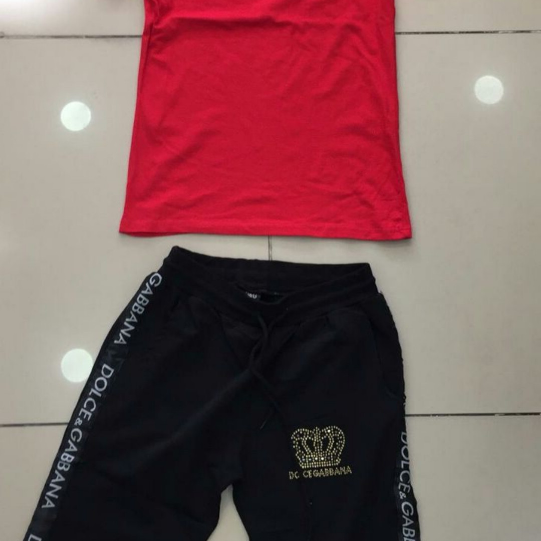 Мужской спортивный костюм красный