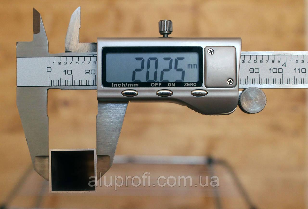 Труба алюминиевая 20х20х1мм АД31
