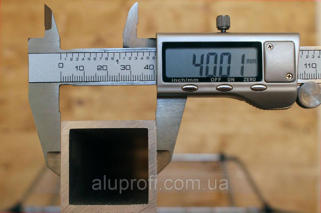 Труба алюминиевая 40х40х2,5мм АД31 Т5
