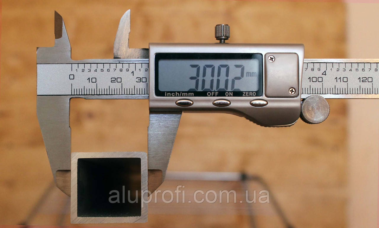 Труба алюминиевая 30х30х2,0мм АД31