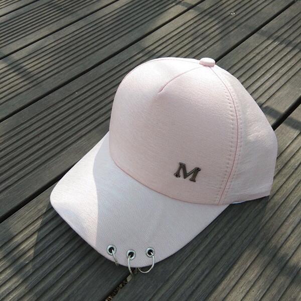 Кепка бейсболка з кільцями рожева