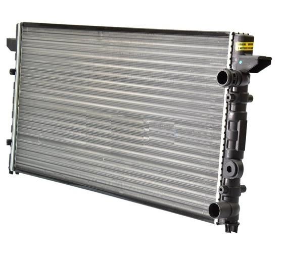 Радиатор охлаждения двигателя VW Passat 89- (пр-во NRF). 58950